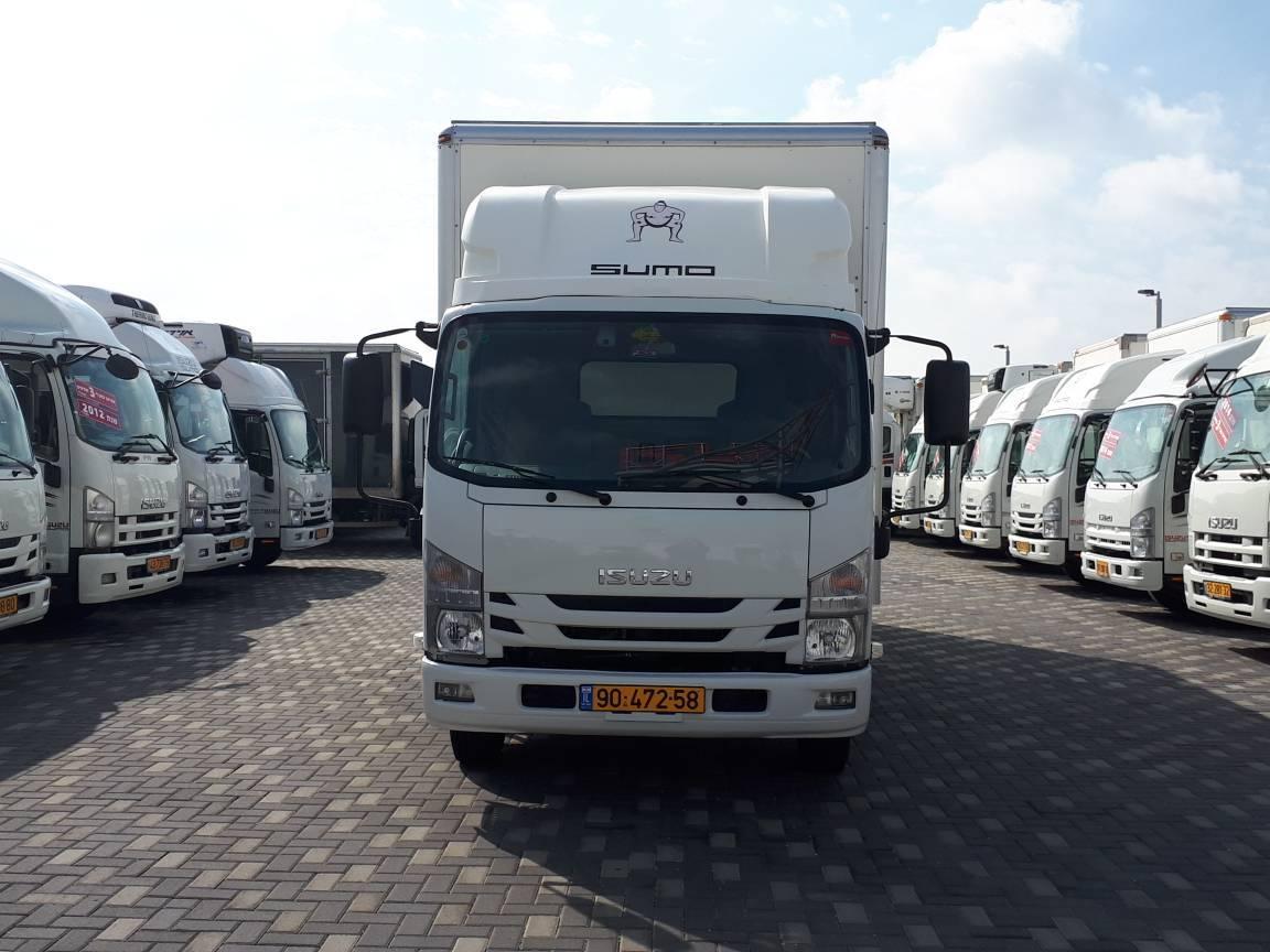 טון 7.5 ארגז סגור | איסוזו אתר מכירות משאיות יד שניה